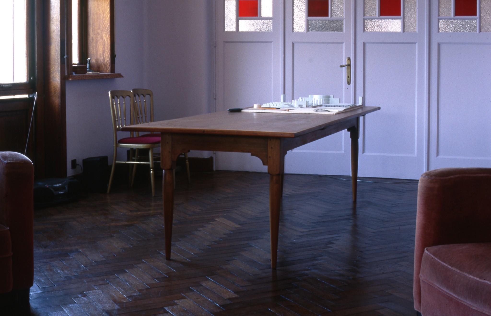 shaker tables_antoine vandewoude.jpg