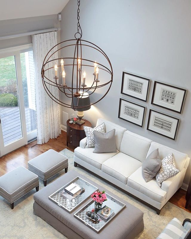 "Today's article feature is ""5 Expert Tips for Well-Designed Drapery"" from the Derring Hall website. Adjusting to challenges of the space is one of their tips well executed by @justinesterlingdesign. Justine says, ""This room has very tall ceilings and abundant sunlight—two factors we took into consideration when designing the drapery"". Check out the article—the link is on our Facebook page, or you can Google the title!"
