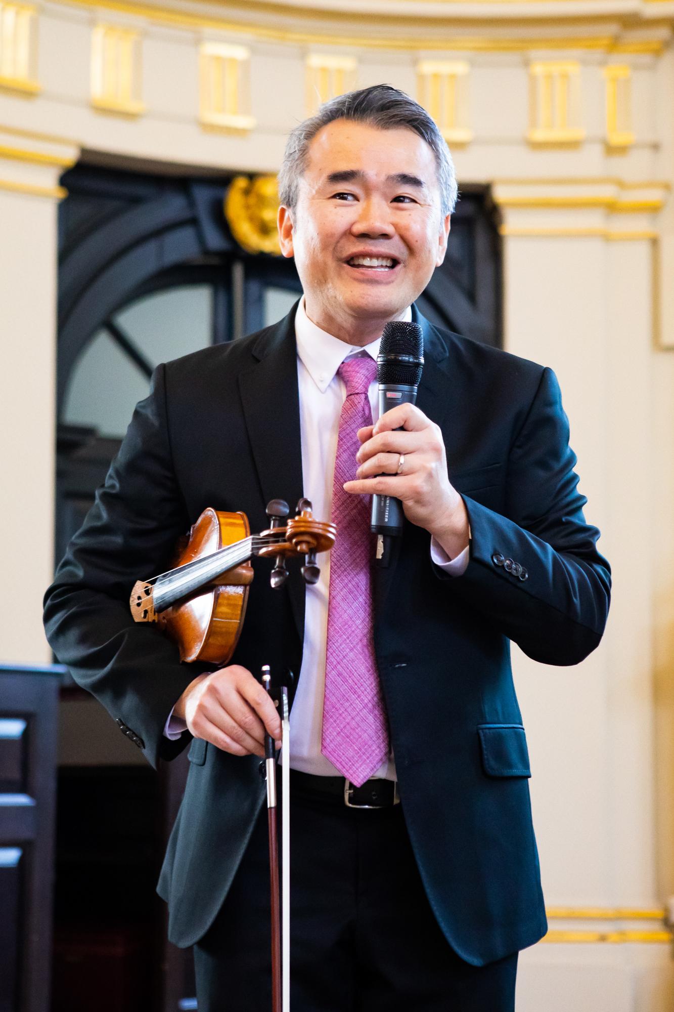 Simon Shiao _ Lucy Chen (5).jpg
