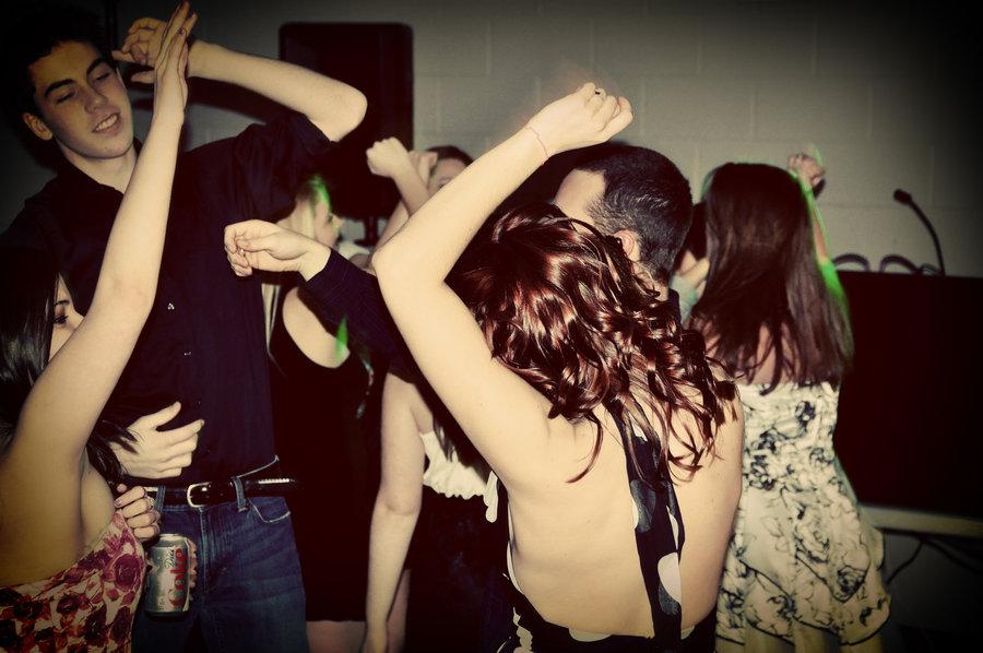 teens partying 2.jpg