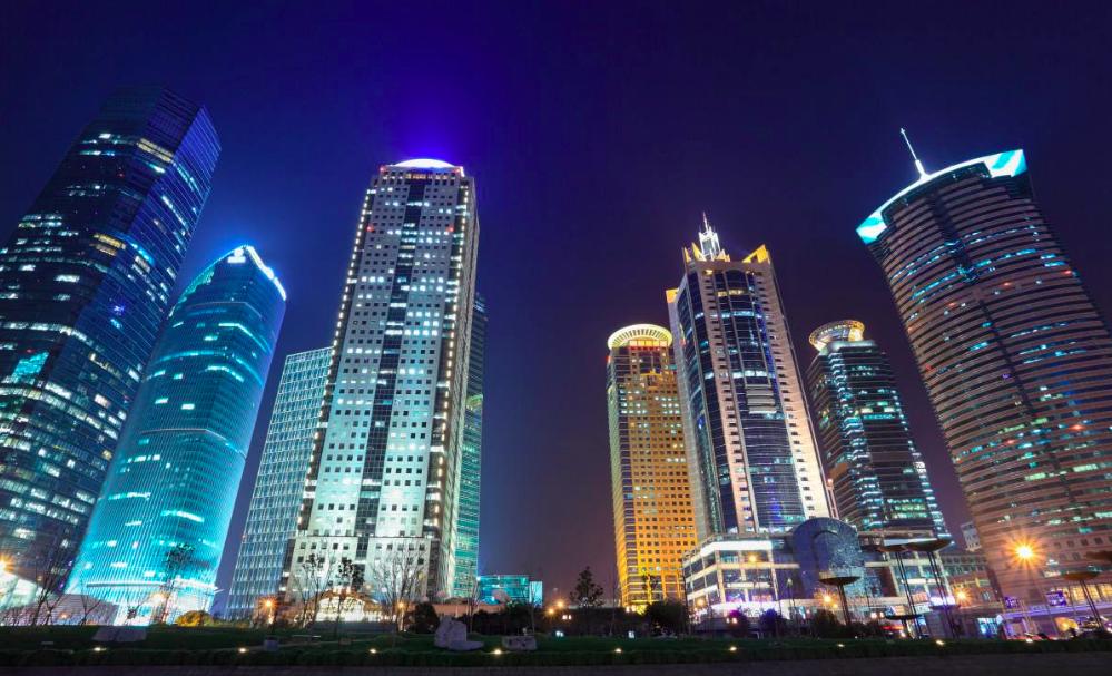 Shanghai's financial district Source: cntukw.cn