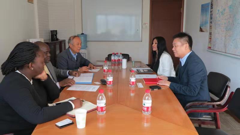 Meeting with Ambassador of Uganda to China