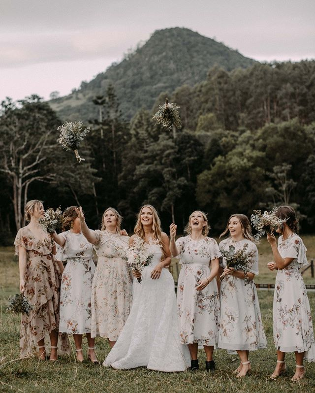 Bridal Party Fun⠀⠀⠀⠀⠀⠀⠀⠀⠀ .⠀⠀⠀⠀⠀⠀⠀⠀⠀ .⠀⠀⠀⠀⠀⠀⠀⠀⠀ .⠀⠀⠀⠀⠀⠀⠀⠀⠀ .⠀⠀⠀⠀⠀⠀⠀⠀⠀ #samuellowther #samuellowtherweddings #samuellowtherphotography #sunshinecoastweddings #sunshinecoastweddingphotograher #sunnycoastwedding #sunshinecoast