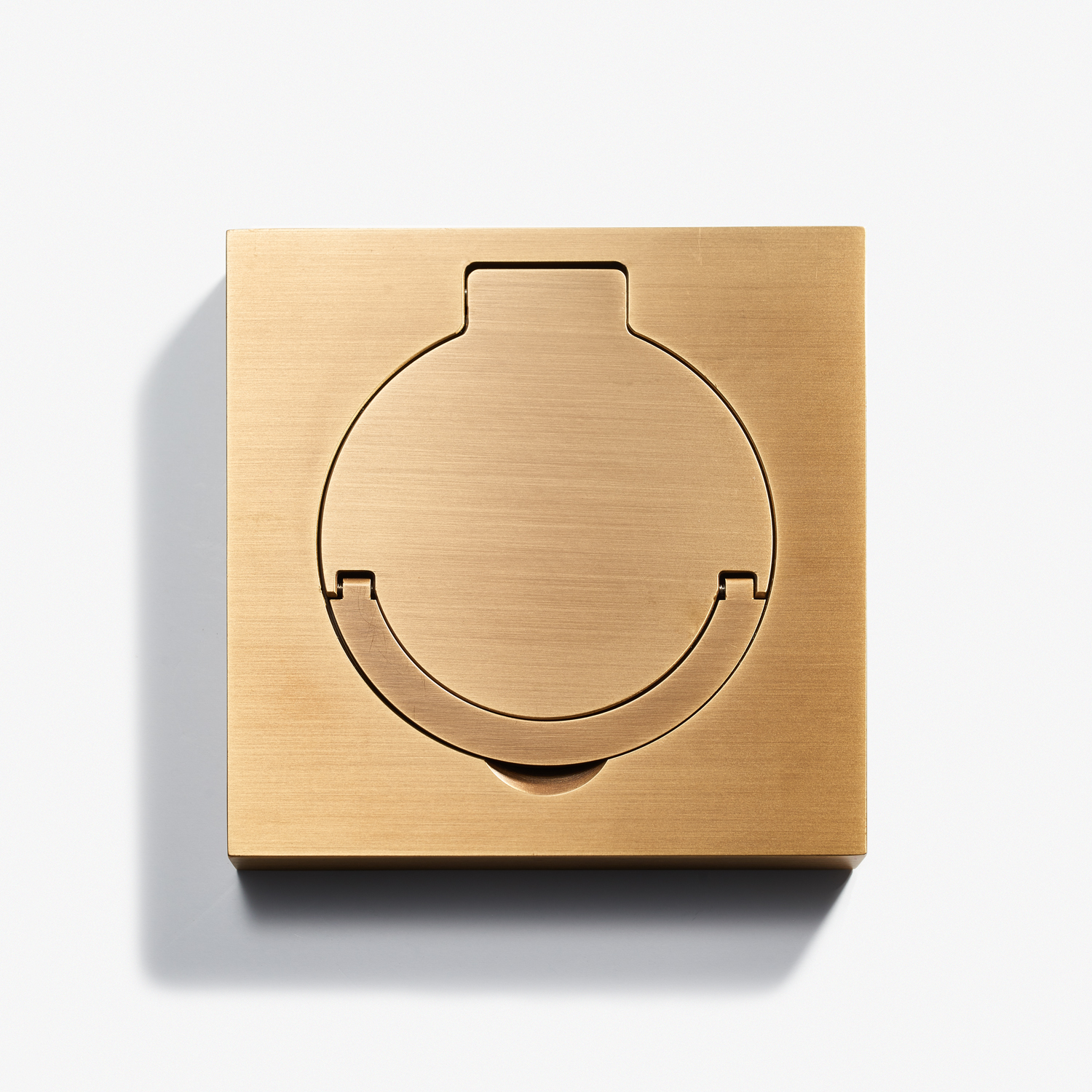 100 x 100 - Square Floor Outlet - Water Resistant - Bronze Médaille Clair.jpg