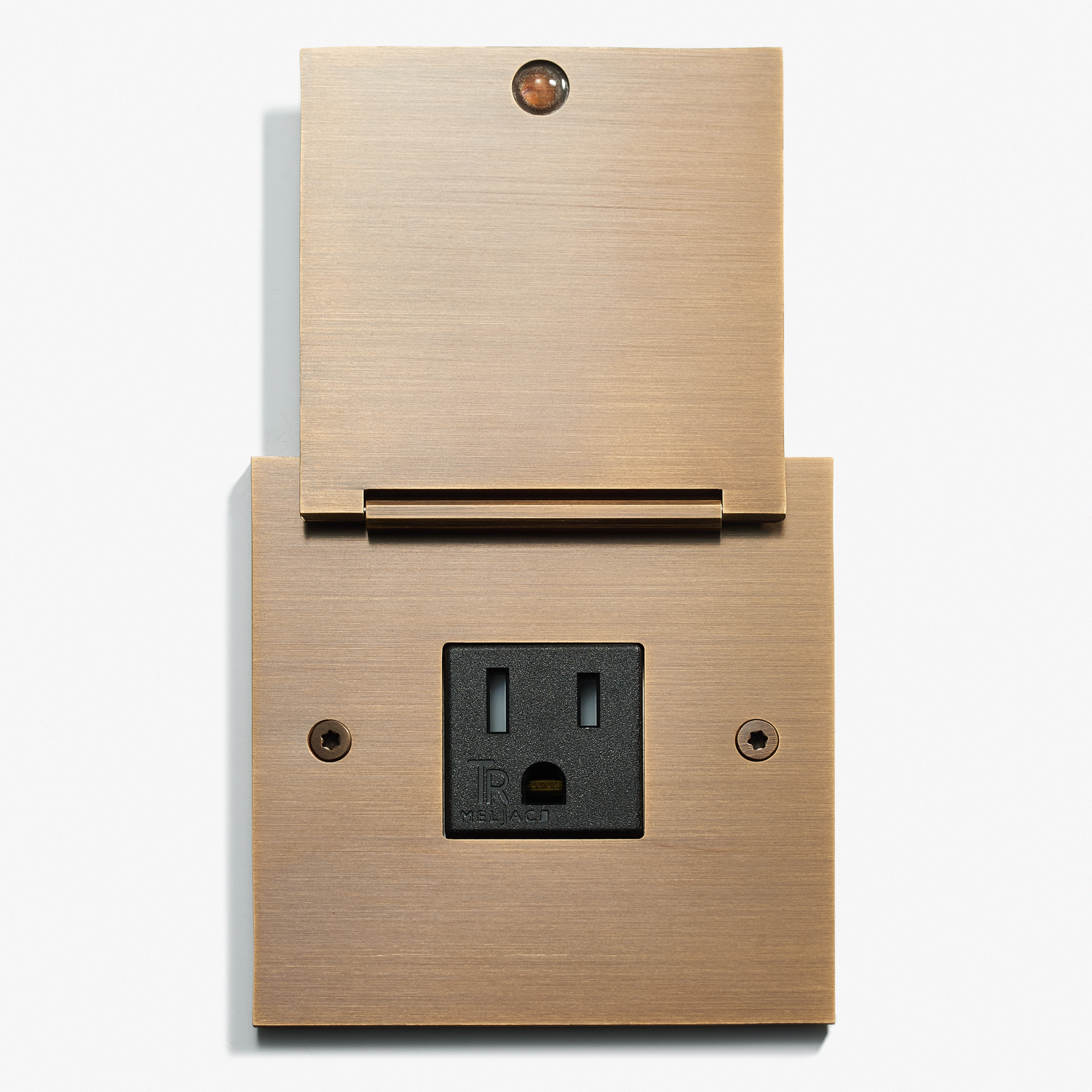 82 x 82 - Single Outlet - Covers - Straight Edge - Bronze Médaille Allemand 2.jpg