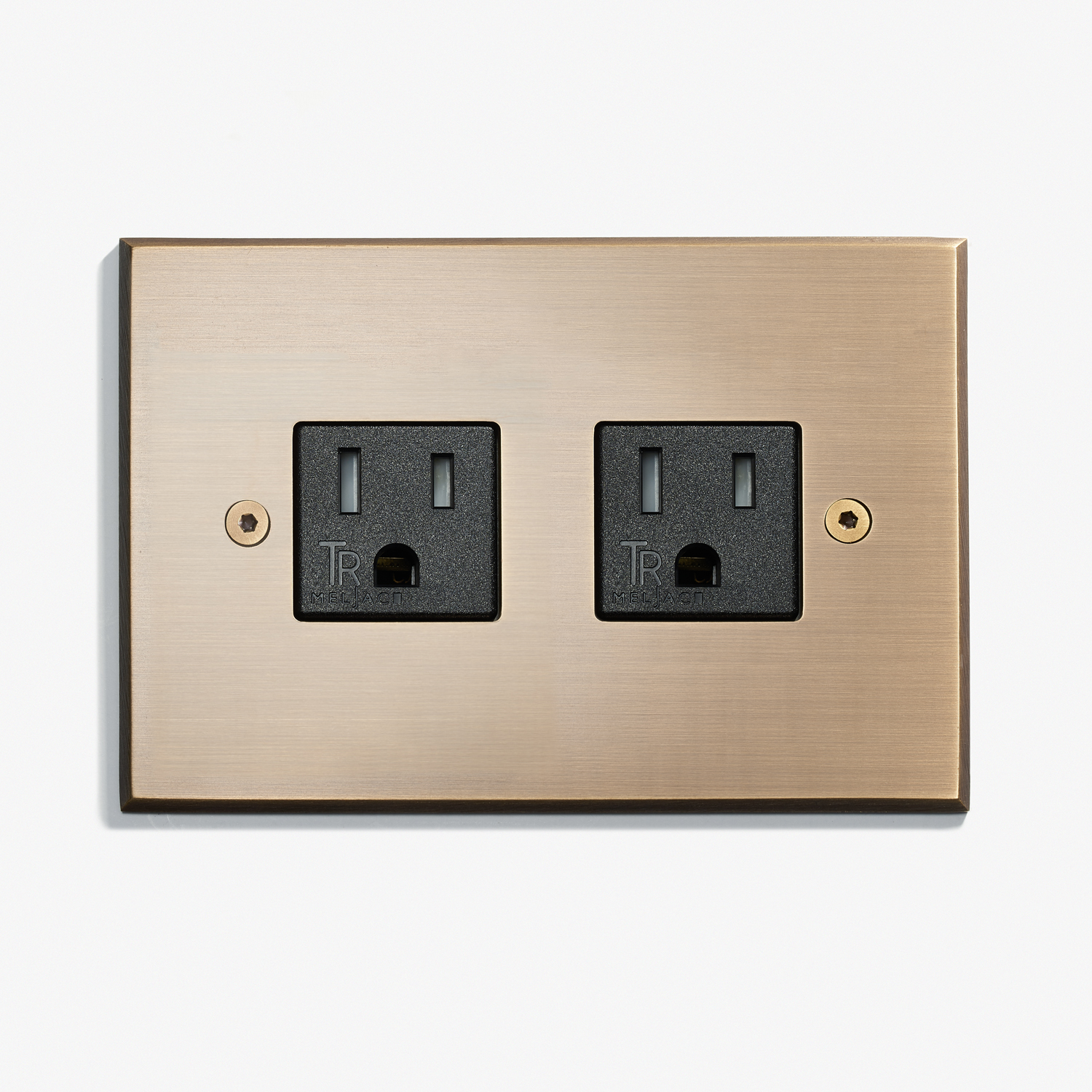 117 x 82 - Duplex Outlet - No Covers - Visible Screws - Bronze Medaille Allemand 1.jpg