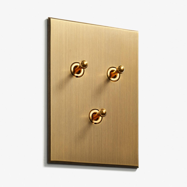 82 x 117 - 3 INV - Hidden Screws - Straight Edge - Bronze Médaille Allemand 2.jpg