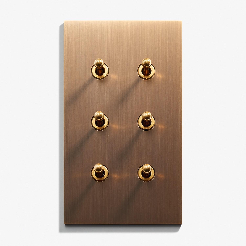 82 x 144 - 6 INV - Hidden Screws - Straight Edge - Bronze Médaille Foncé 1.jpg
