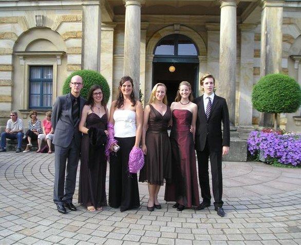 Von links nach rechts: Björn Christian Petersen, Alexandra Thomas, Barbara Ochs, Lisa Wedekind, Julia Klein, Torben Jürgens