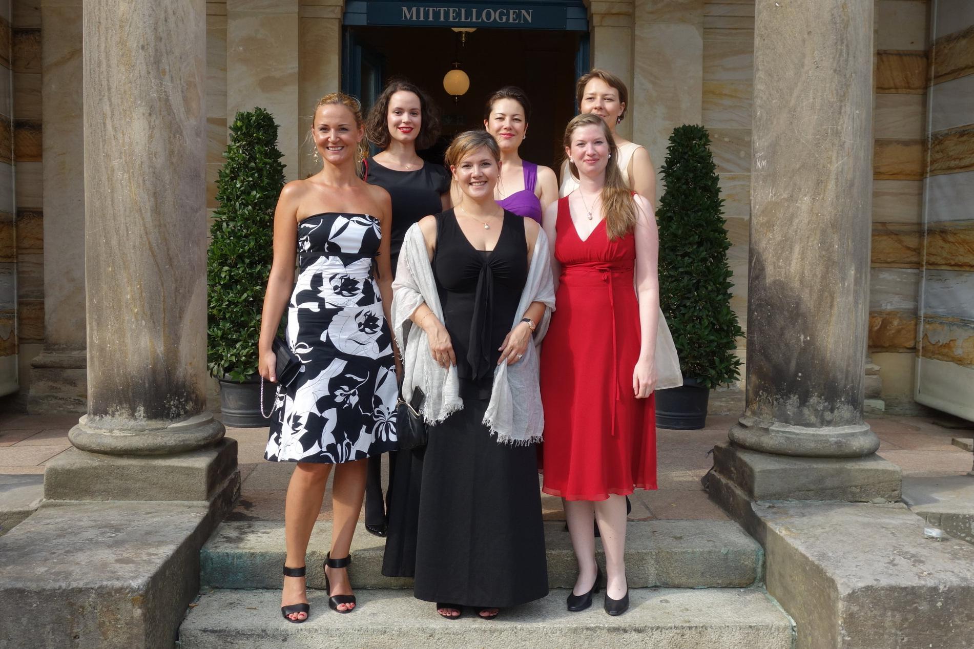 Von links nach rechts: Katrin Wundsam, Annette Hörle, Carina Grohsgart, Mariko Sudo, Marta Wryk, Janina Zell