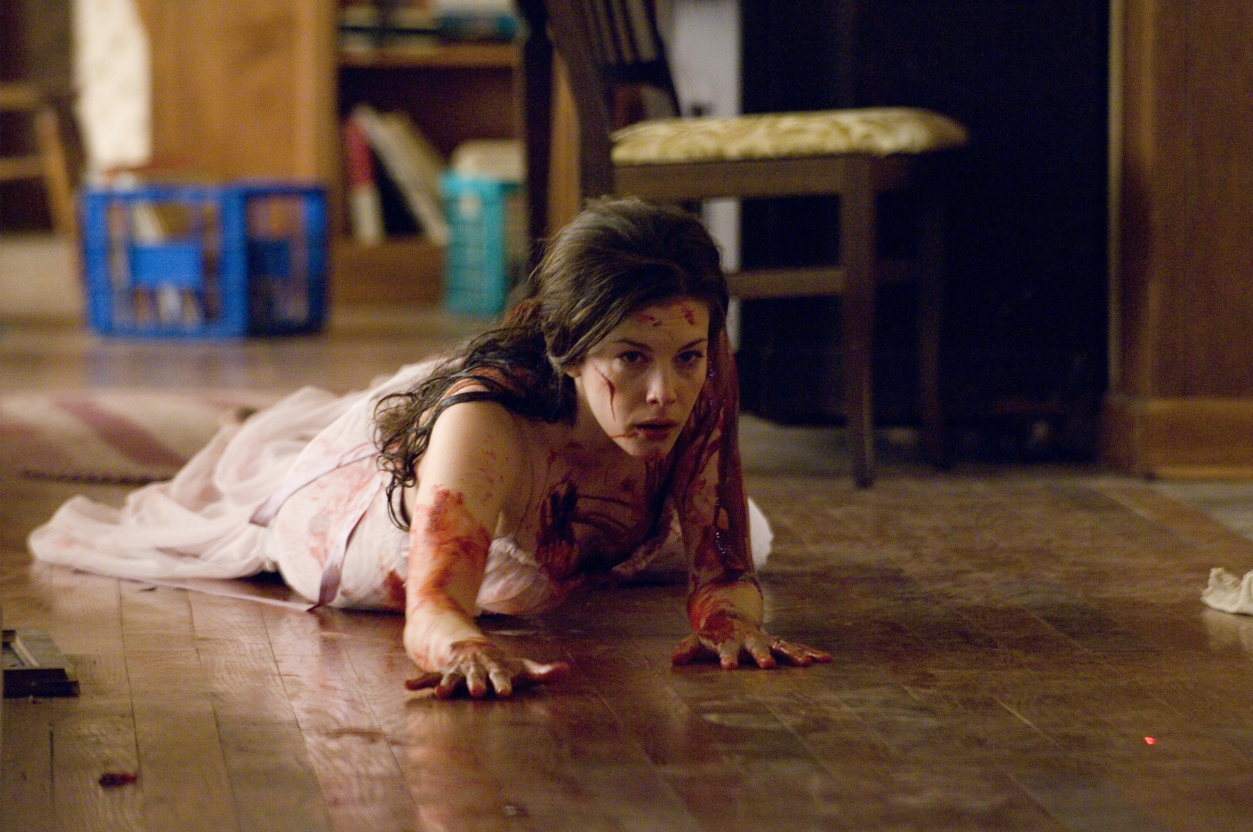 Liv-Tyler-horror-actresses-7082335-2560-1700.jpg