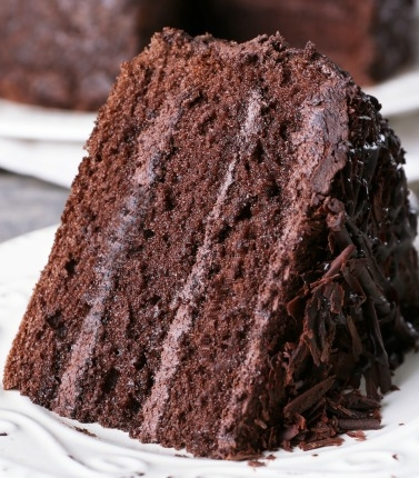 Gluten-, egg-, and dairy-free chocolate cake at MOMables, a perfect allergy-friendly cake that works for everyone in the classroom | featured at Didn't I Just Feed You podcast