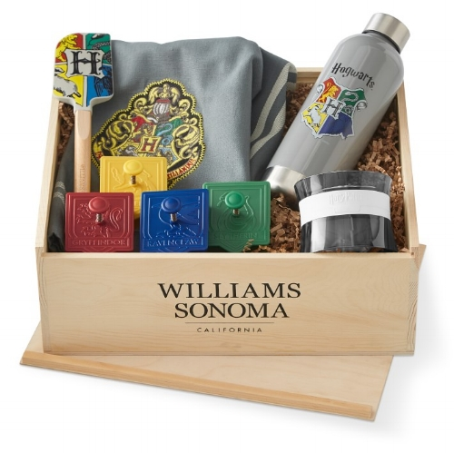 Harry Potter Hogwarts Gift Crate at Williams-Sonoma | Didn't I Just Feed You 2018 Holiday Gift Guide with Parents magazine - fun food gifts for kids