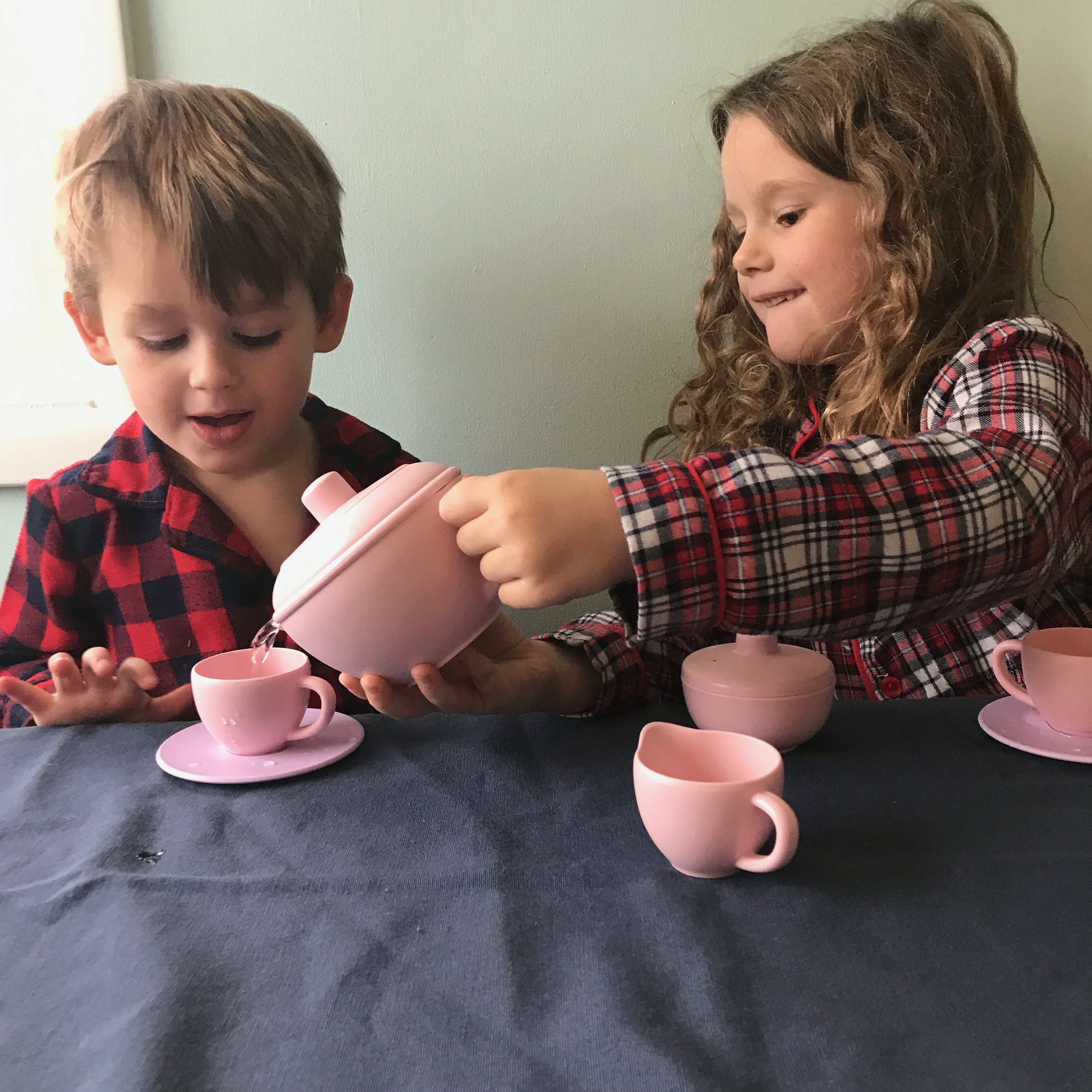 2018 Gift Guide for Little Foodies with Parents Editor on Didn't I Just Feed You Podcast.jpg