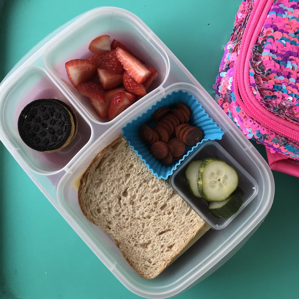 Healthy school lunch ideas for kids | Didn't I Just Feed You, a food podcast for parents (even the ones who don't like to cook!)