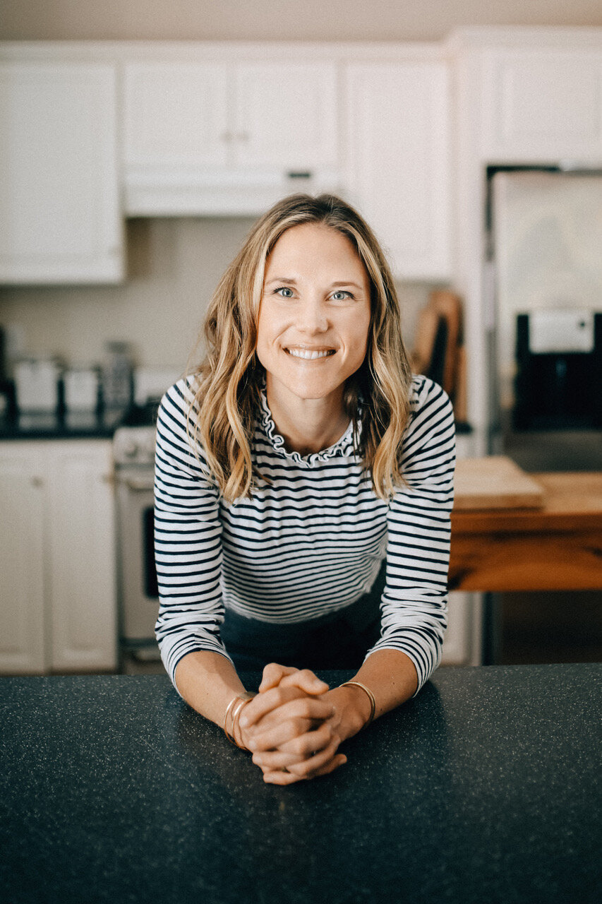 Nicki Sizemore talks to us about healthy cooking in the slow cooker | DIdn't I Just Feed You, a food podcast for parents (even the ones who hate to cook!)
