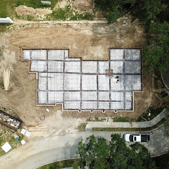 We got our Adelia project covered for the rain coming in and ready to pour early next week! Stay with us for this one. We are very excited about it! • • • #follow #instadaily #instaphoto #home  #colonyhomes #buildcolony #louisiana  #interiors #design #interiordesign #architecture #construction #custom #luxuryhomes #customhomes #customhomebuilder #custombuilder #construction #luxuryhome #homebuilder #residentialconstruction #customhome #buildersofig #buildersofinsta