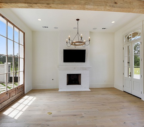 There's just something about natural light! • • • • #follow #instadaily #instaphoto #home  #colonyhomes #buildcolony #louisiana  #interiors #design #interiordesign #architecture #construction #custom #luxuryhomes #customhomes #customhomebuilder #custombuilder #construction #luxuryhome #homebuilder #residentialconstruction #customhome #buildersofig #buildersofinsta