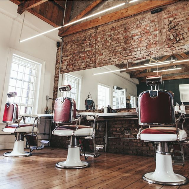 Help your favorite stylist or barber fill their seats using Klipped. Tag the best shop in town so they can check it out!  #Klipped #Haircut #Barber #Hairsalon