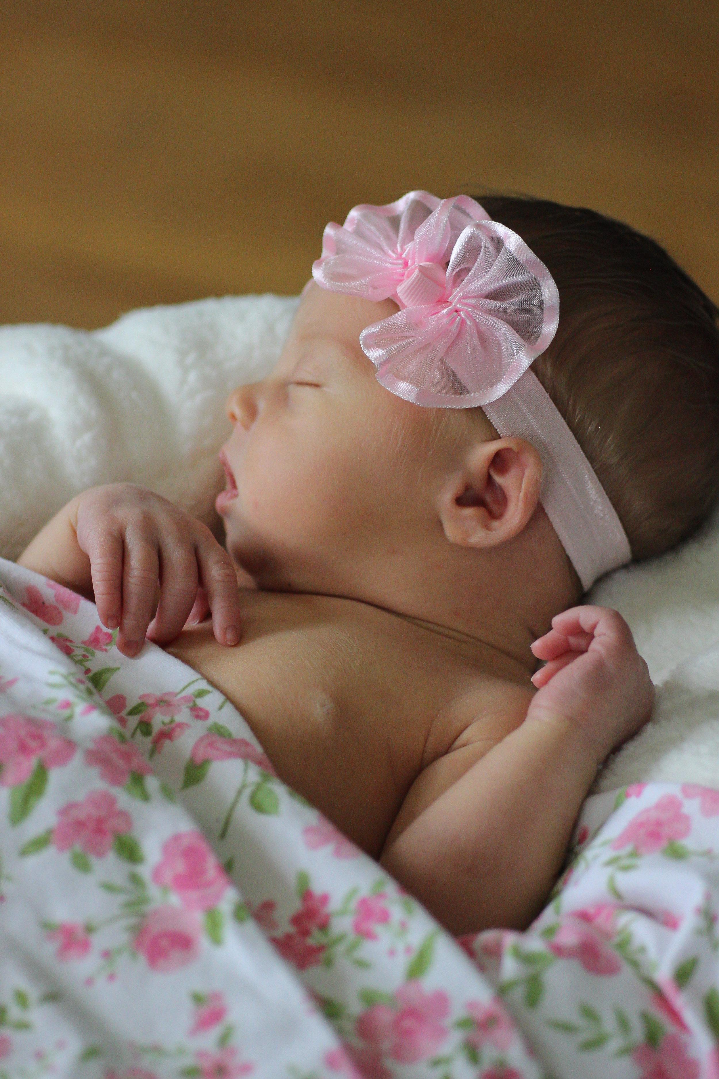 Audrey Newborn_-9.jpg