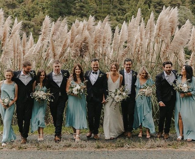 Wedding party vibes 😍 📸 @_charlottechristianweddings_  Hair and makeup: @s_beddoesmakeup and @kaitlinchapman_ . . . #weddings #justmarried #weddinginspo #mantells #makeup #makeupartist #bridesmaids #bridal #hairandmakeup #nzmakeupartist #motd #hairdresser #lashes #beauty #beautyblogger #beauty