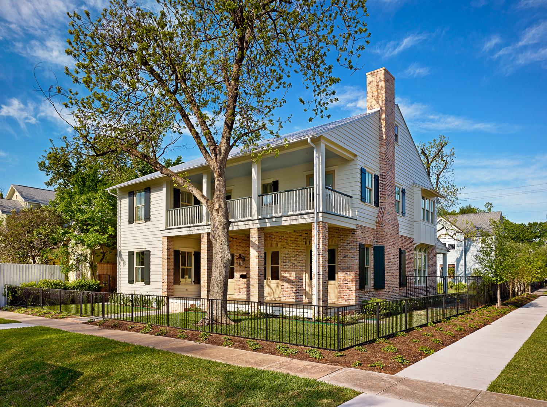 Robert Sanders     Homes         Jeld-Wen        Windows and Doors