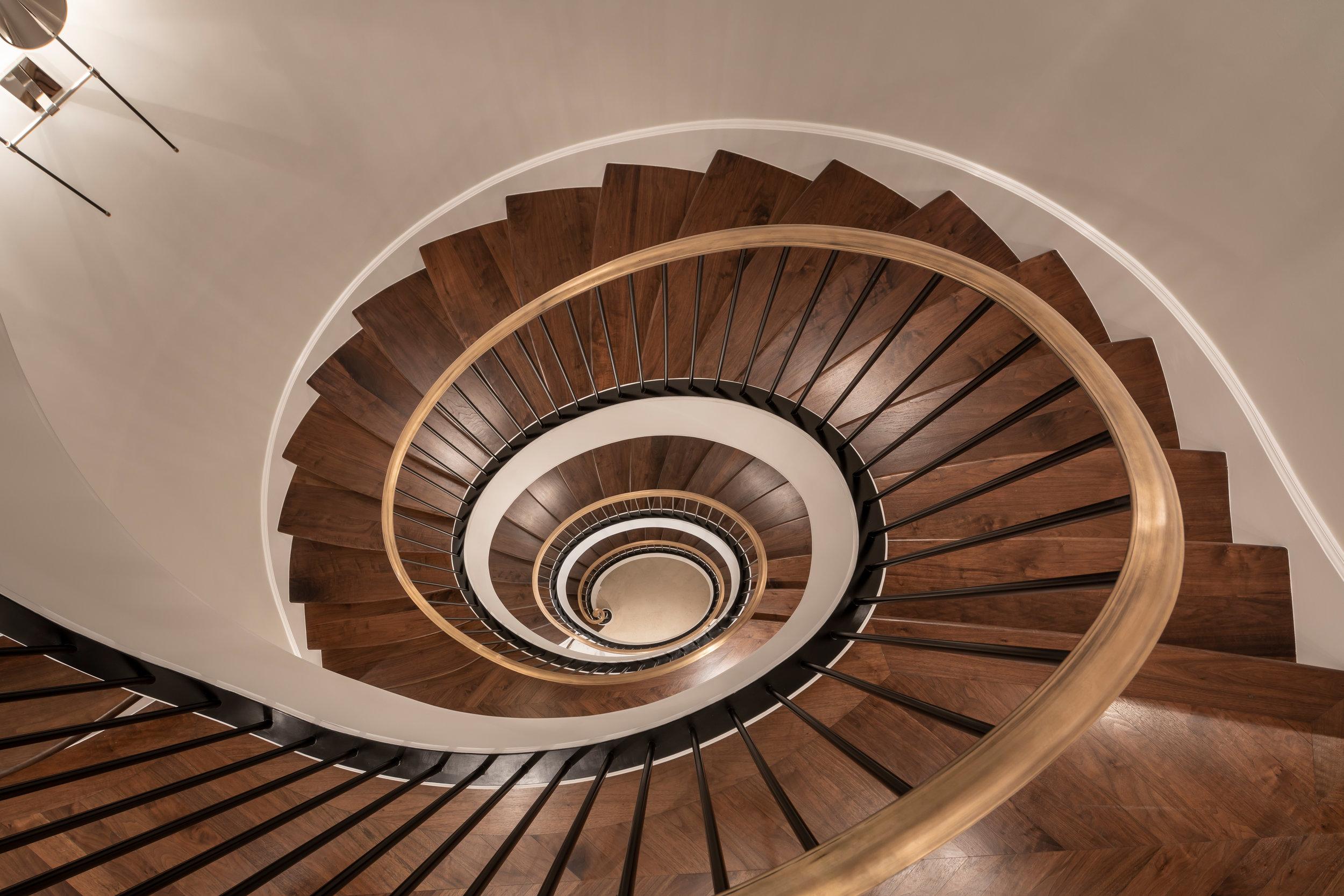 Stairway_Down_1446.jpg