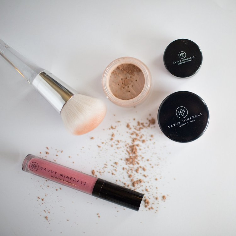 Young Living Savvy Minerals Makeup