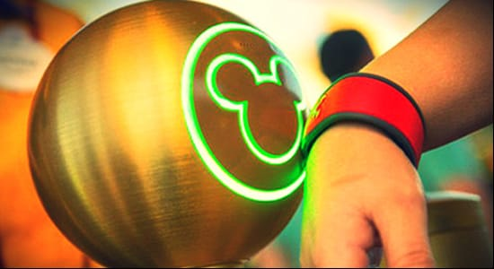 disney-magic-bands-sports-technology-venues.jpg