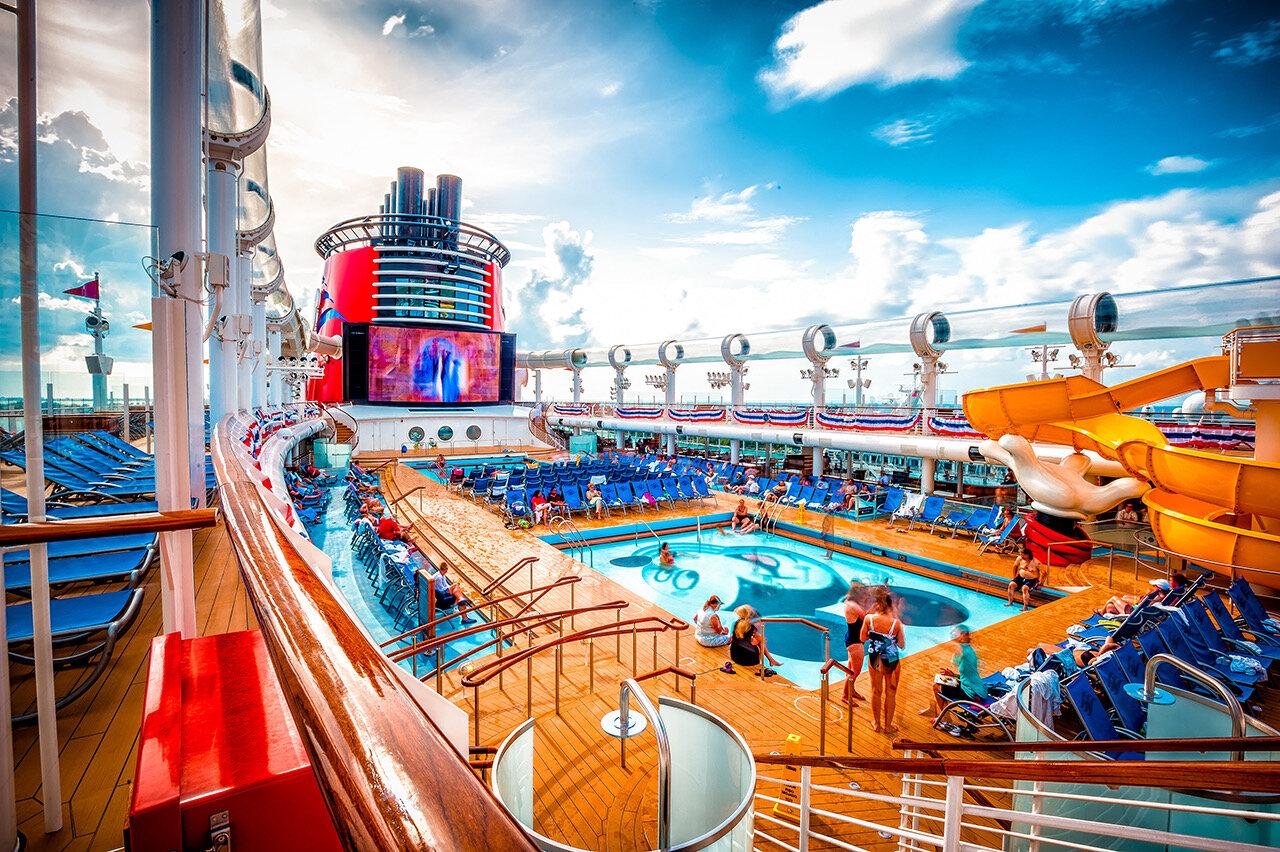 disney-dream-ship-pool.jpeg
