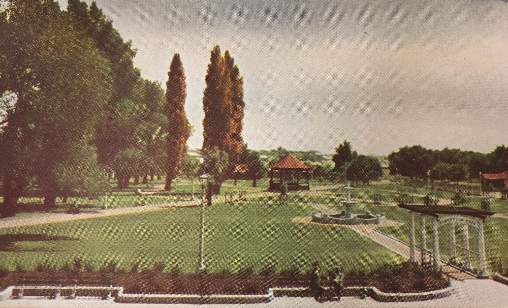Robertson Park.jpg