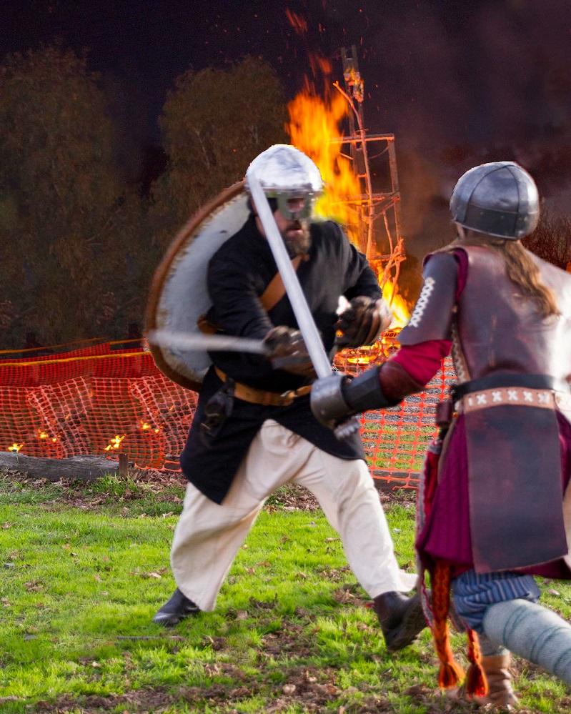 Photo 4 Viking sword fight1.jpg