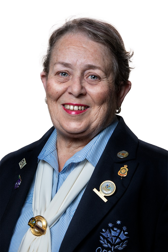 Orange Ex - Services '  Club's  Community Committee Chairperson  Ros Davidson: The  Club has provided support for the local community for a number of years preceding the introduction of the Club Grants program in 1998.