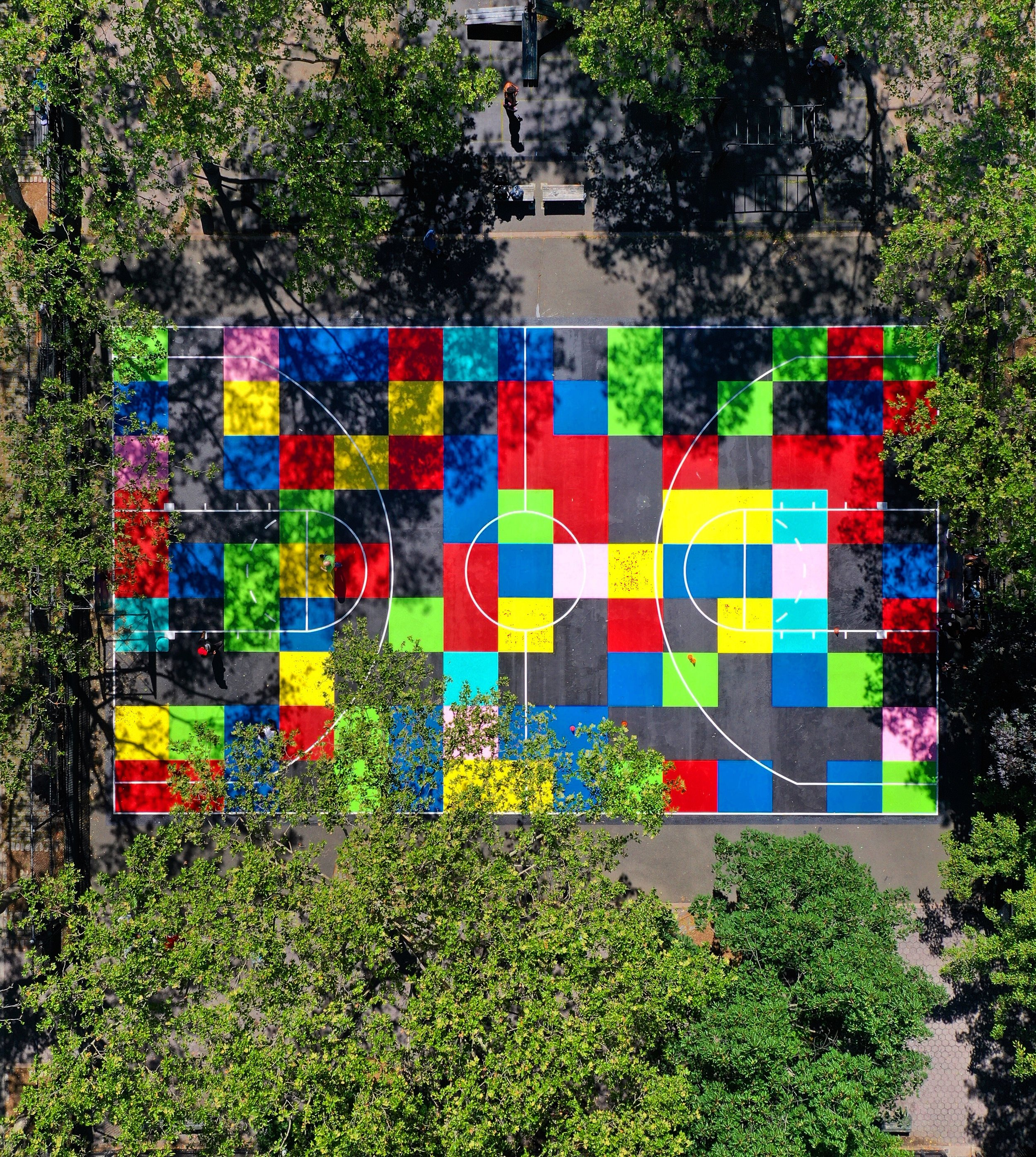 5b9k3q@^tg6!+2F<%0  , NYC Parks and Facebook sponsored basketball court at Chelsea park, 2019