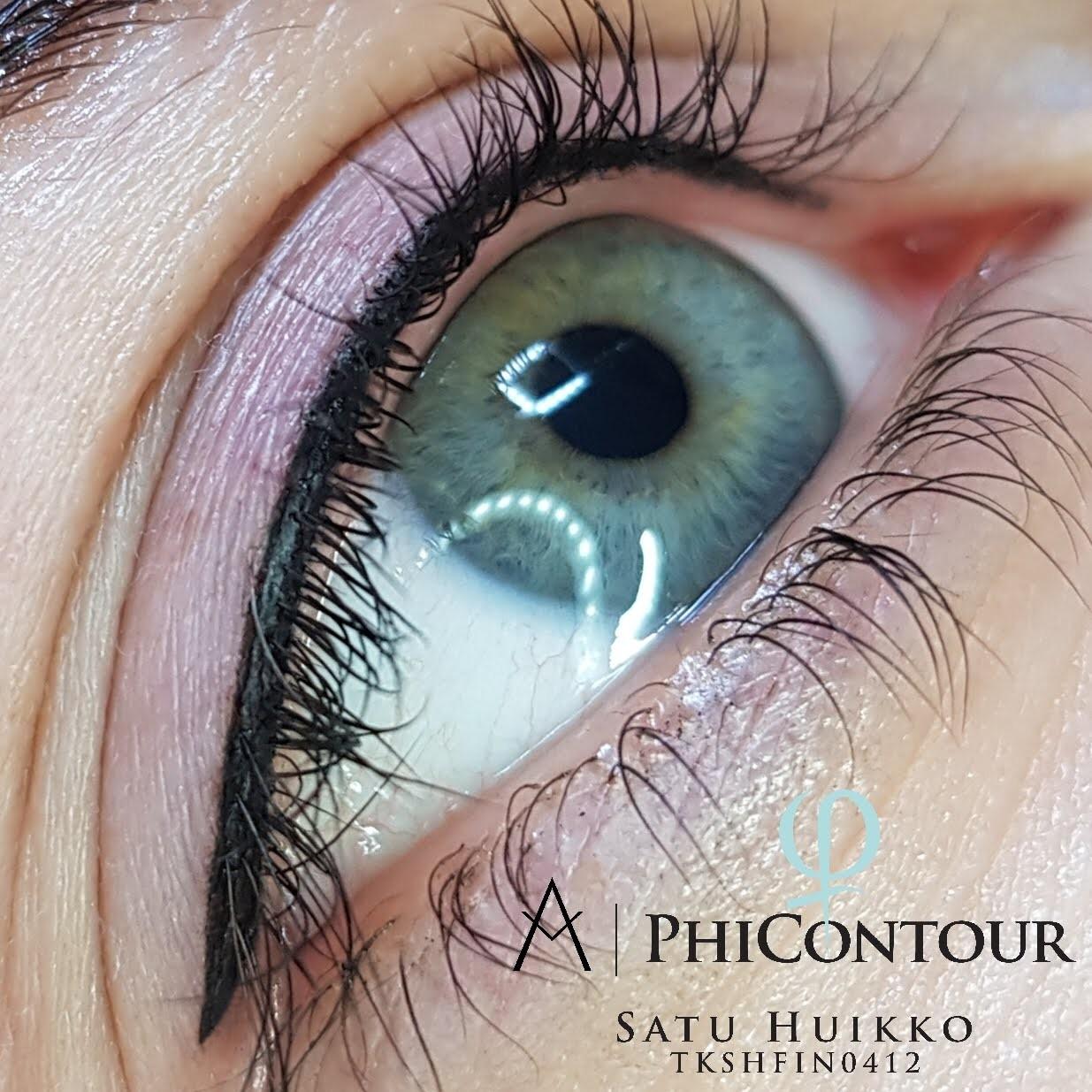 Eyeliner pigmentointi yläluomella.