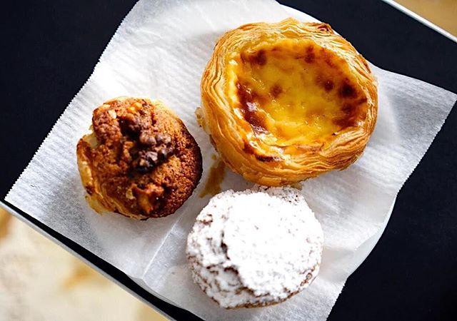 If you can not decide, take 3 of them! Pastel de nata, pastel de coco & pastel de noz are waiting for you at Pastel in Kreuzberg. . . . #pastel #bekarei #pastéis #pasteldenata #pasteldenoz #pasteldecoco #thefeedfeed #bakery #beautifulcuisines #buzzfeedfood #berlinlovescreativity #berlinfood #galão #kitchenbowl #huffposttaste #tastingtable #buzzfeed #nomnom#feedyoursoull #berlingram #foodberlin #berlinfoodguide #berlinfoodstories #myberlin #foodspots_berlin #portuguesepastry #foodlove #foodisfuel #baking