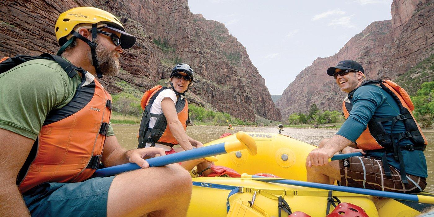banner_family_rafting.jpg