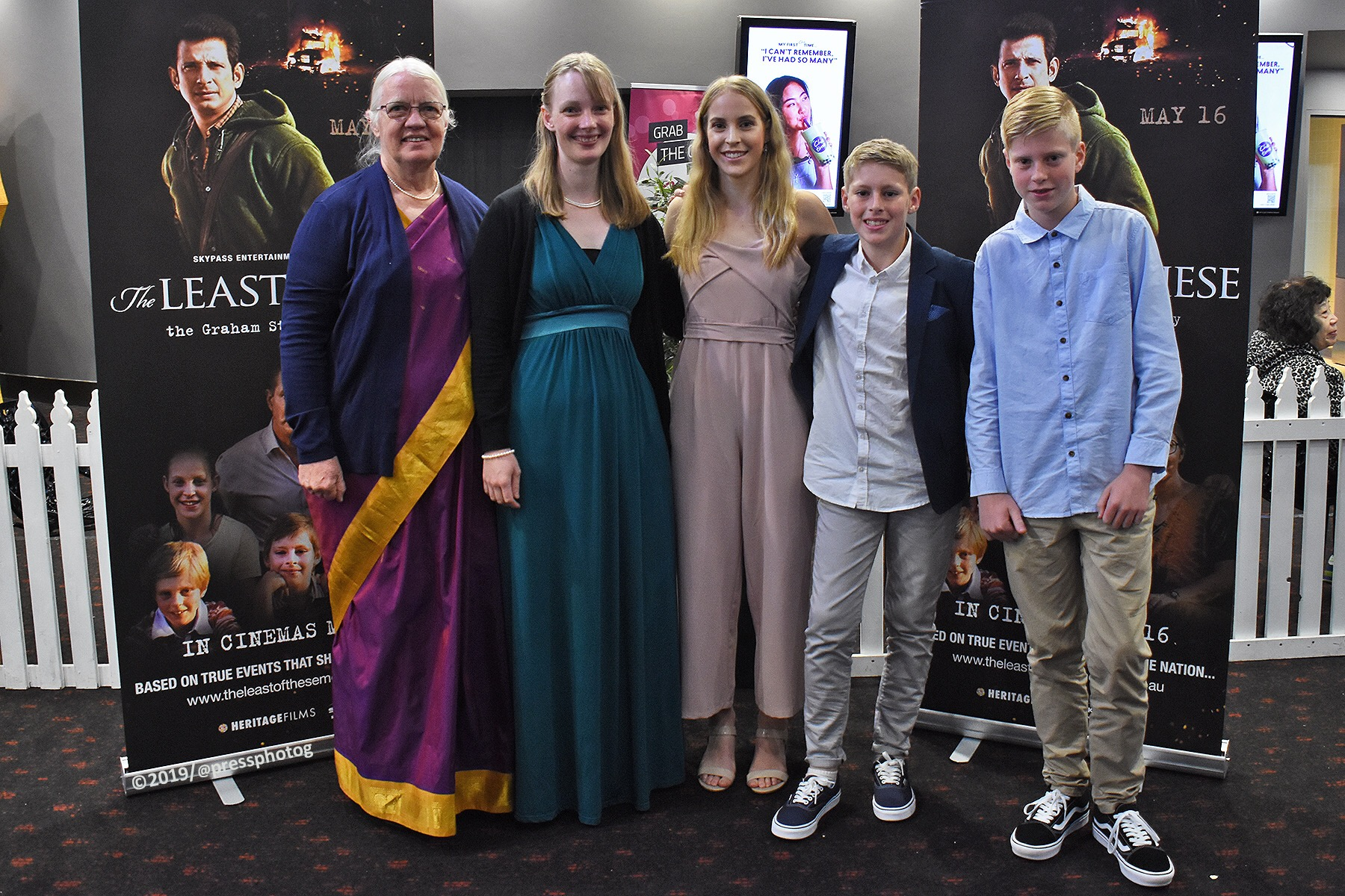Gladys, Staines, Esther Staines and the Ellis children who portrayed the Staines children in the film