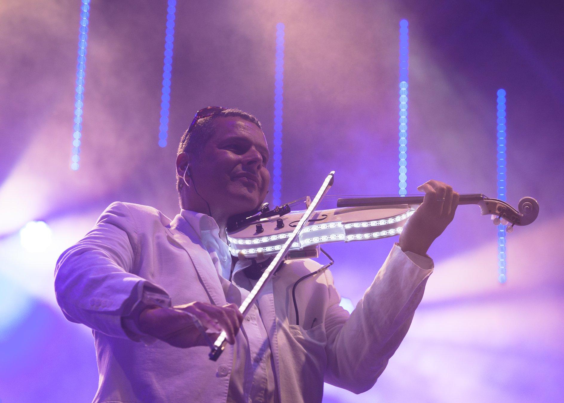 led violin.jpg