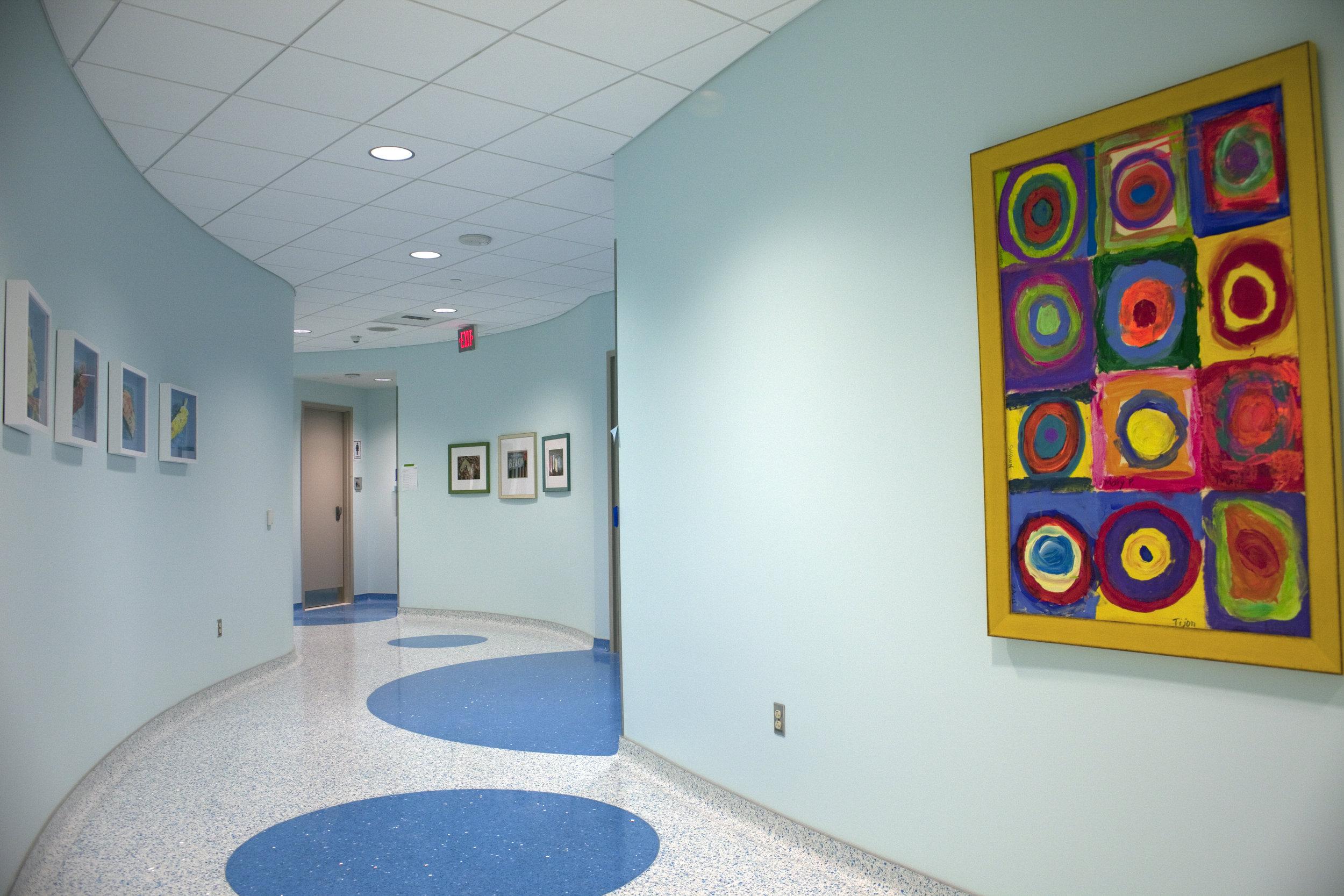 Hallway 1b.jpg
