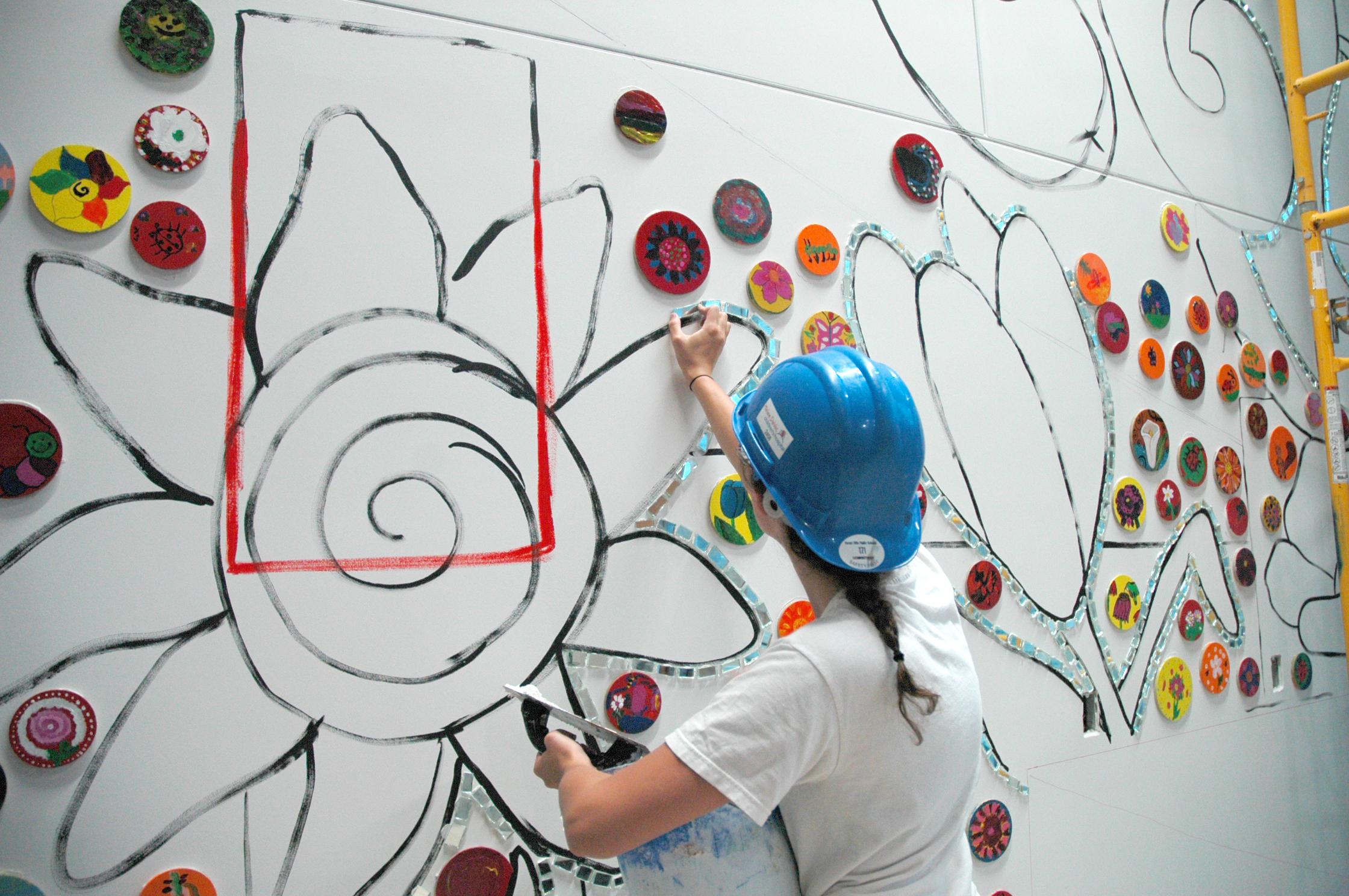 Lobby Mural - Helen DeVos Children's Hospital