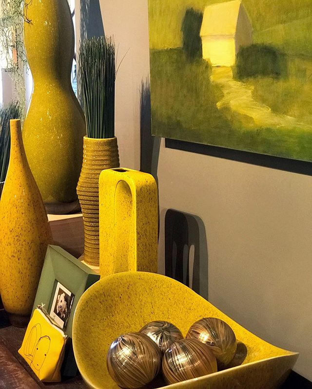 Yellow! This is the perfect color scheme for today and the rest of the summer, we'll see you again on Monday! https://buff.ly/2E9I4hm⠀ .⠀ .⠀ .⠀ .⠀ .⠀ .⠀ .⠀ .⠀ .⠀ .⠀ #yellow #yellowart #lafontseeboutique #yellowdecor #yellowvase #bohodecor #colorfuldecor #nexthome #nextfinds #housewise #home #house #newhome #new #homedecor  #homeinspo #inspo #interior #interiorinspo #interior123 #vase #cushion #clean #bright #fresh #love #newbuild #firsthome