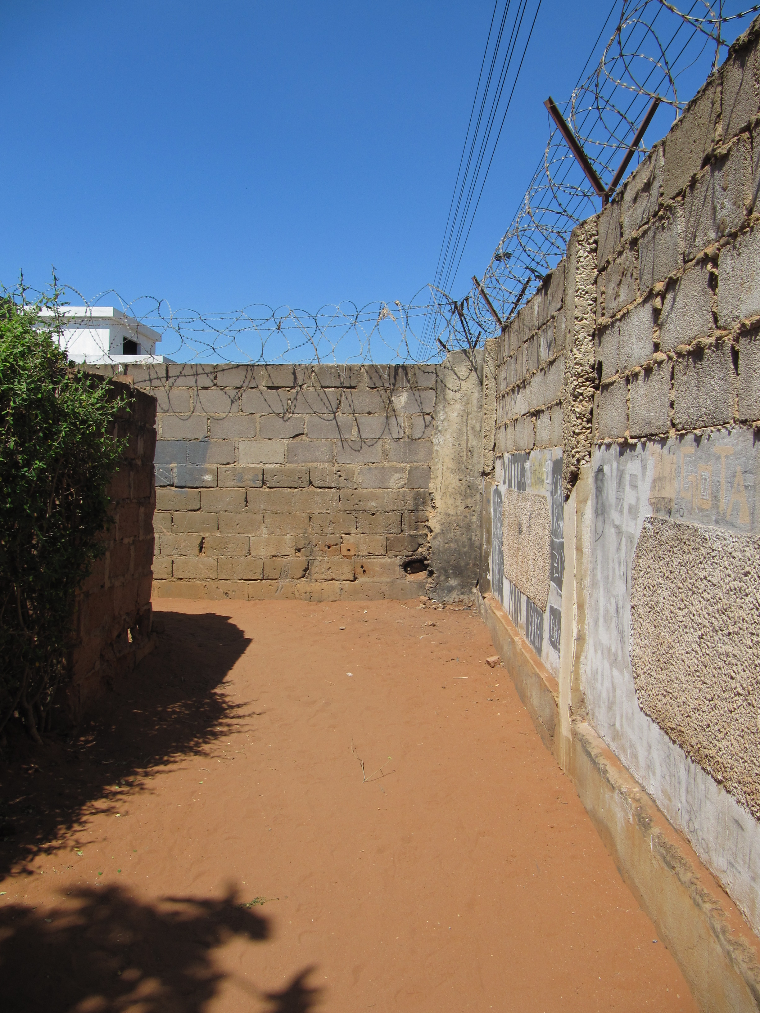 the wall separating PC and SSII_10-09-14_PCA.JPG