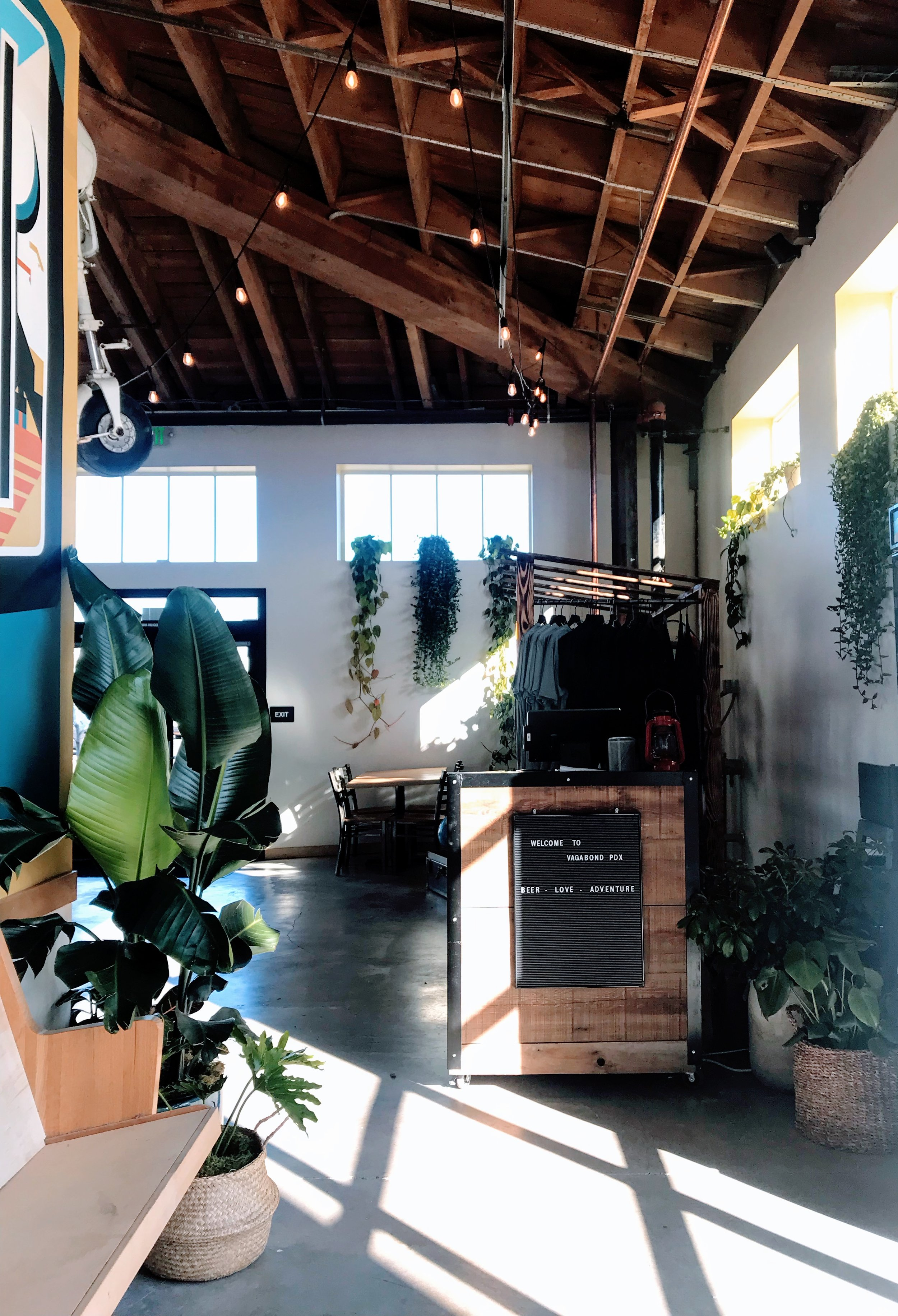 Commercial Installation / Vagabond Brewing, Portland, Ore.