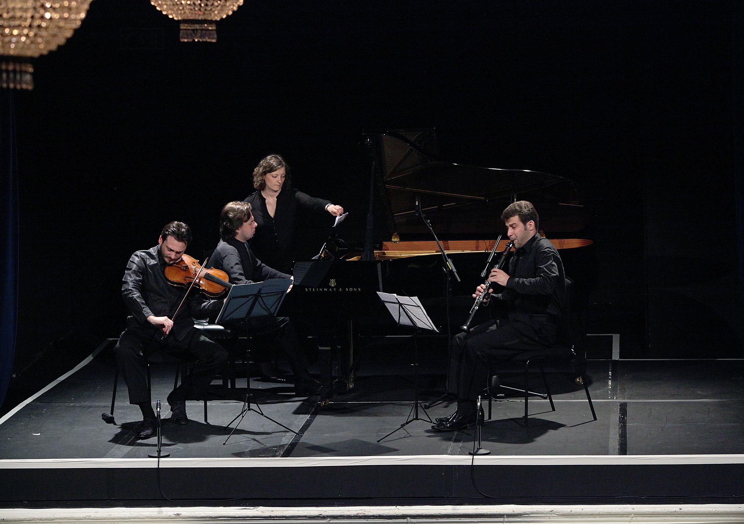 CLASSICAL VIENNA - MAY 1, 2014. 20th century theater, londonMaxim Rysanov, violaKristina Blaumane, celloAlexander Bedenko,clarinetJacob Katsnelson,pianoIllustrated talk by Stephen JohnsonHaydn -Piano Sonata No. 33 in C minor, Hob. XVI:20Mozart - Clarinet Trio in E flat major, K498 'Kegelstatt Trio' (for clarinet, viola and piano)Beethoven - Duet for viola and cello in E flat major, WoO 32 'Eyeglass'Beethoven - Clarinet Trio in B flat major, Op. 11 (arr. for viola, cello and piano)