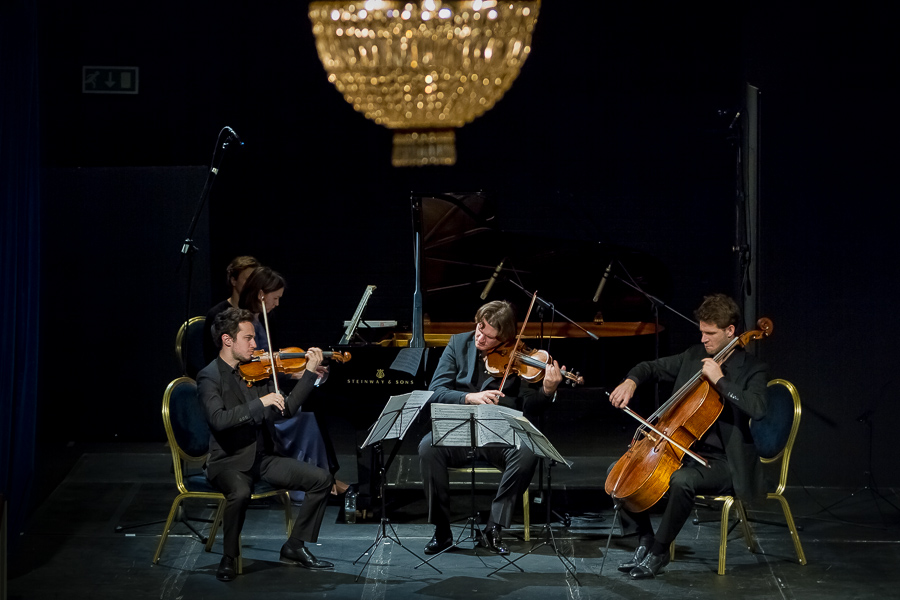 PROUST AND MUSIC: REAL AND IMAGINED - november 13, 2013. 20th centur theater,londonEbène QuartetEkaterina Derzhavina, pianoAnton Martynov, violinShani Diluka, pianoIllustrated talk by Richard WigmoreBeethoven - Piano Sonata No. 31 in A flat major, Op. 110 Saint-Saëns - Violin Sonata No. 1 in D minor, Op. 75 Fauré - Piano Quartet No. 2 in G minor, Op. 45 (1st movement)Debussy - String Quartet in G minor, Op. 10
