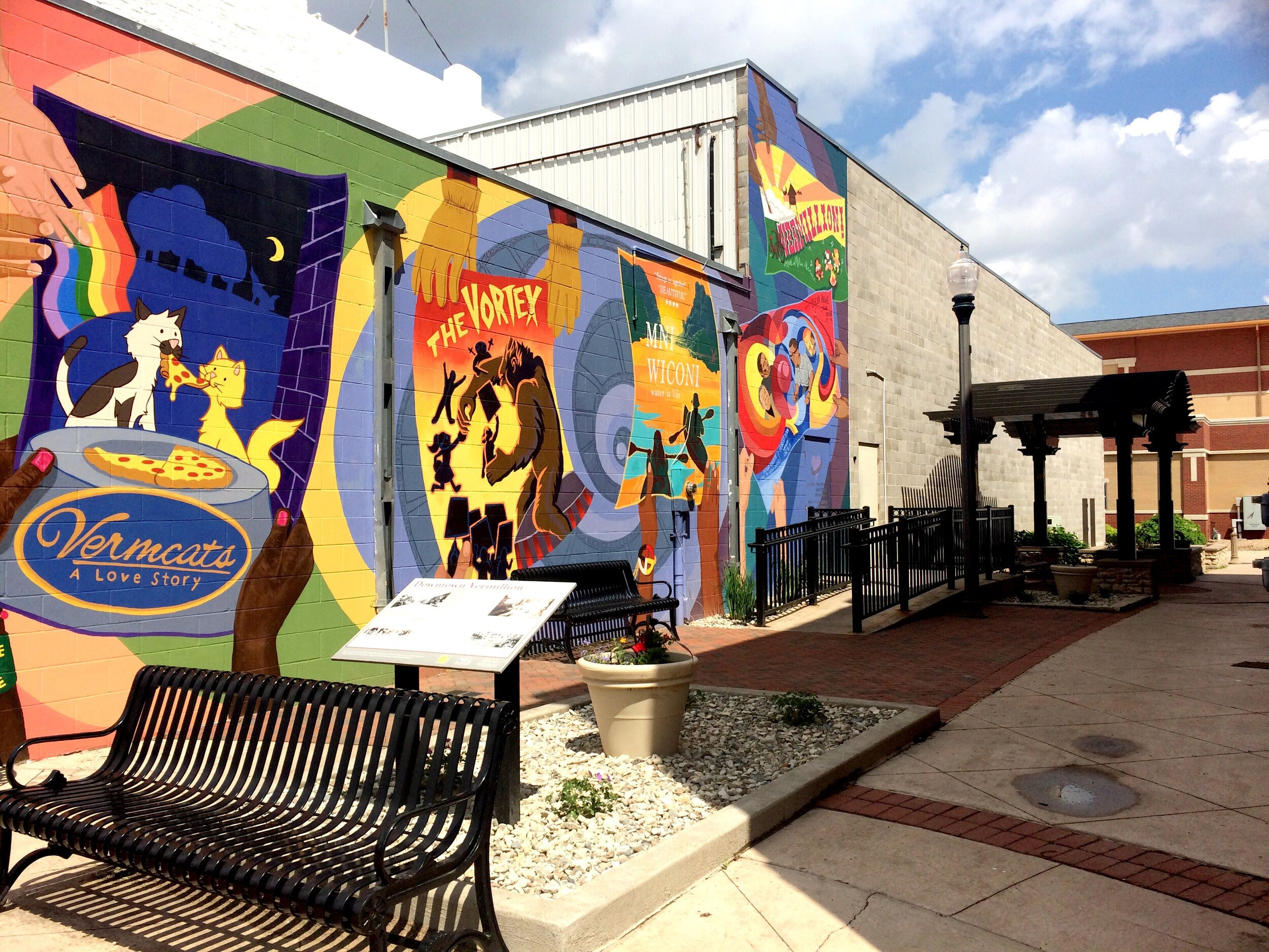 The first Vermillion community mural.