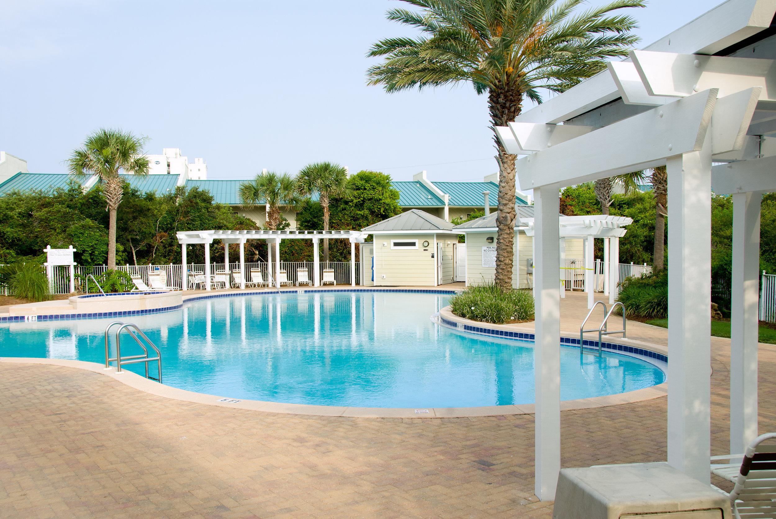Beach Retreat pool_2.jpg