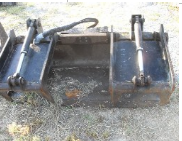 skid-steer-brush-root-grapple-1_001.png