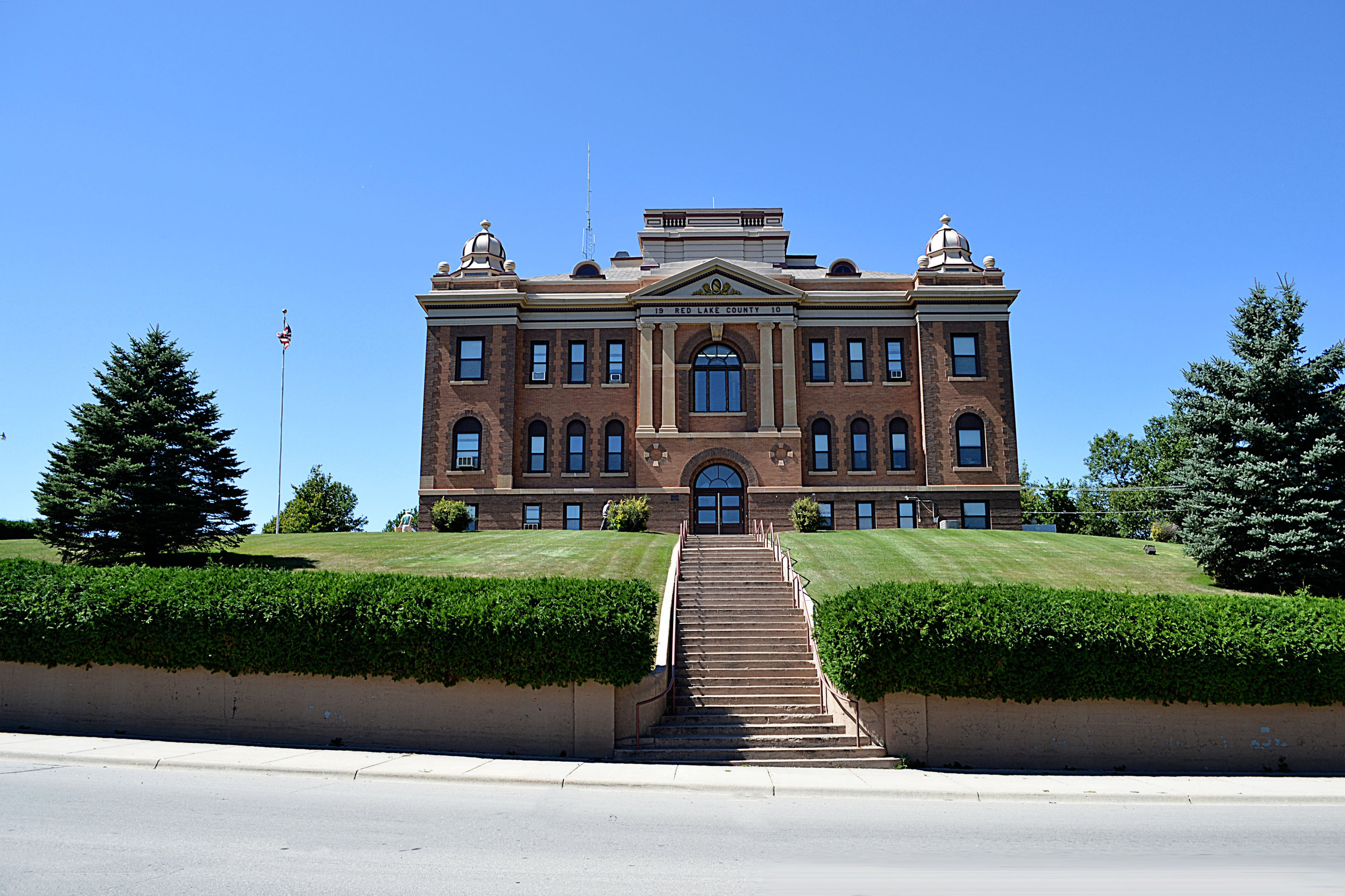 red-lake-county-courthouse-design-data.jpg